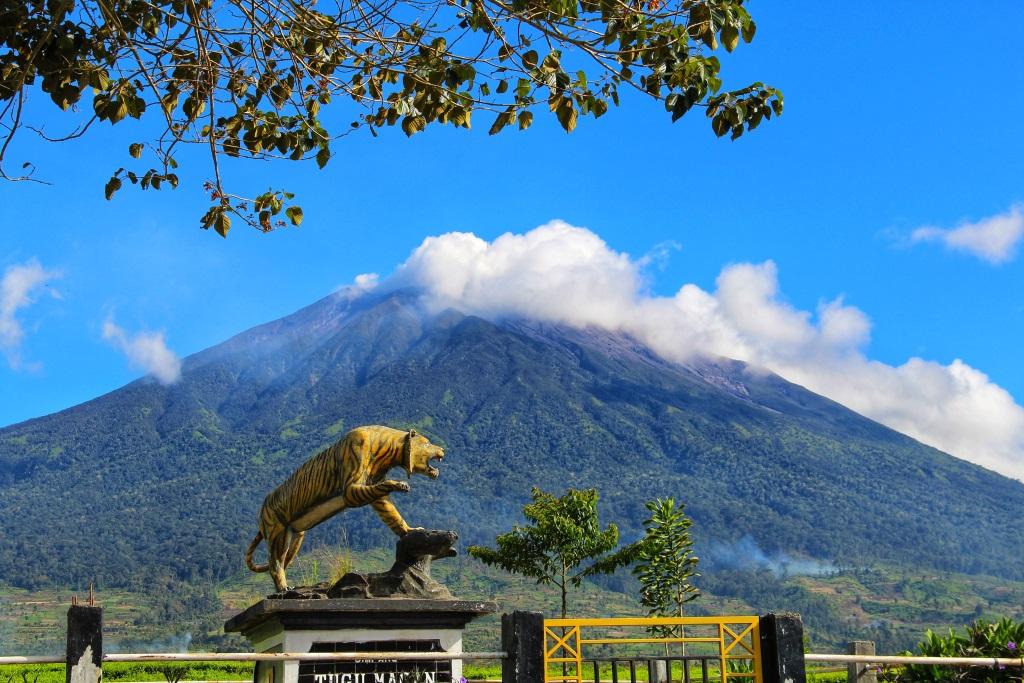 Selayang Pandang Tanah Jo Kincai Potensi Geowisata Dan Mitigasi Bumi Sakti Alam Kerinci Forum Geosaintis Muda Indonesia